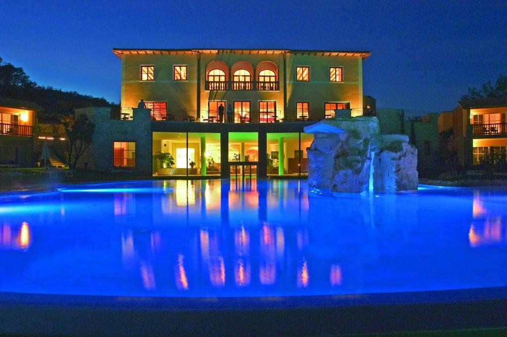 Adler thermae spa resort bagno vignoni italy - Bagno vignoni tripadvisor ...