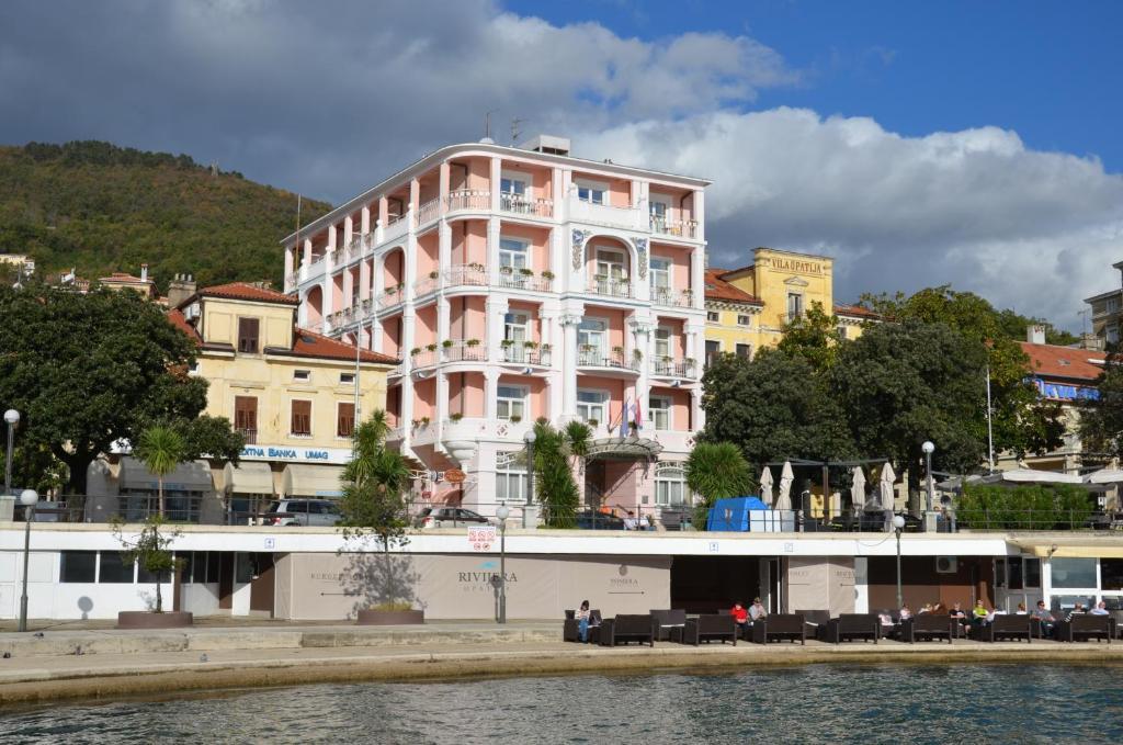 ホテル モーツァルト(Hotel Mozart)