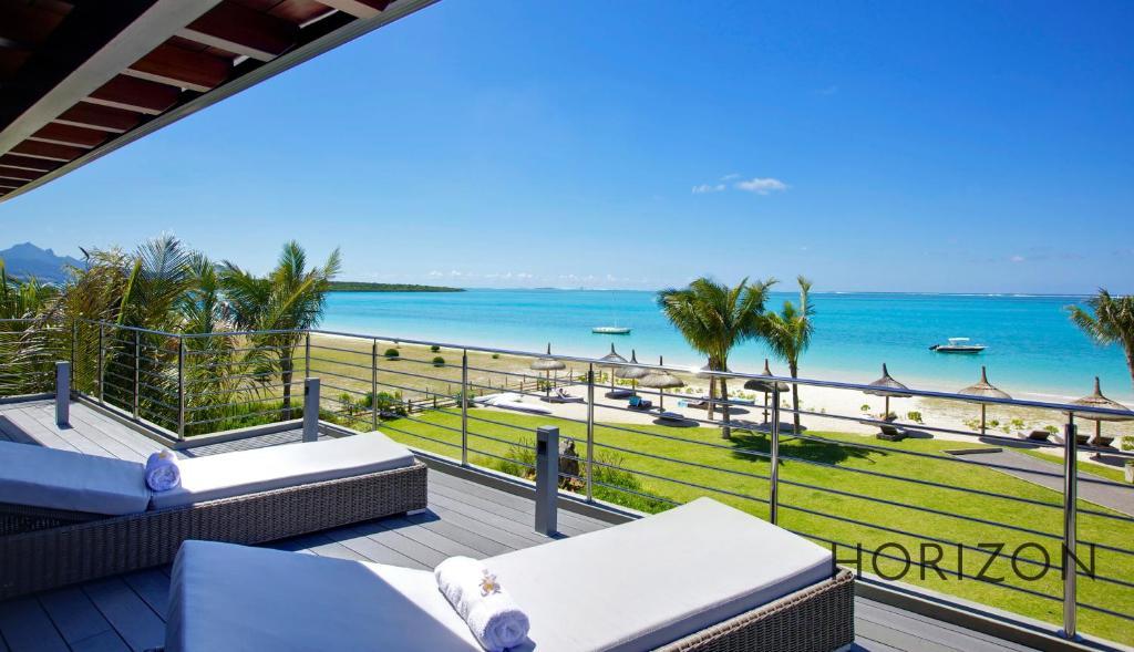 apartment paradise beach  horizon holidays blue bay