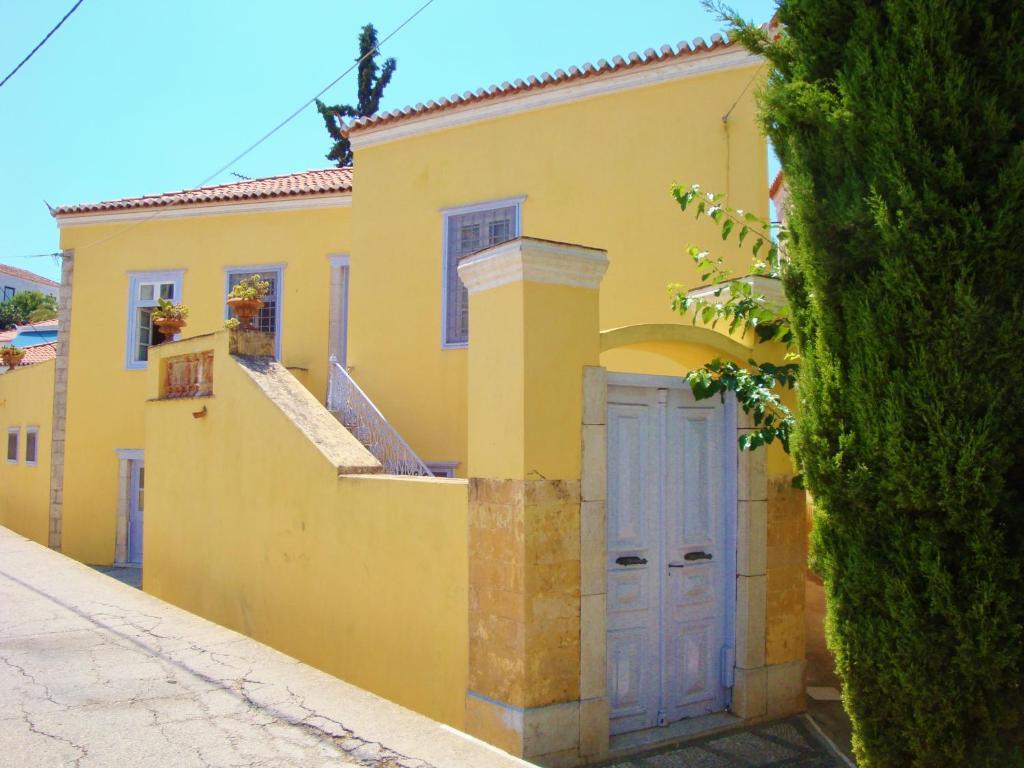 38242303 - Villa Spetses