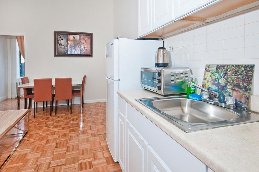 Apartment midtown east new york city ny - Two bedroom apartment new york city ...