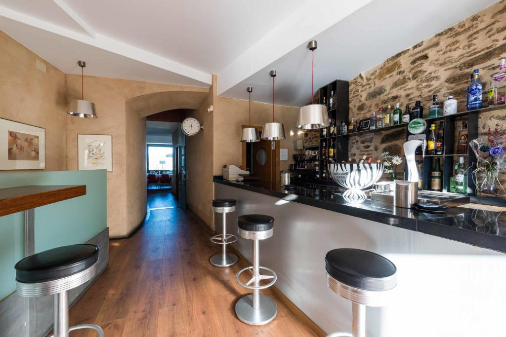 boutique hotels in zamora  56
