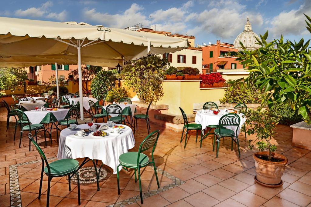 Ресторан / где поесть в Aurelia Residence San Pietro Aparthotel