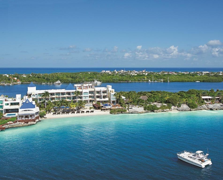A bird's-eye view of Zoetry Villa Rolandi Isla Mujeres Cancun-All Inclusive