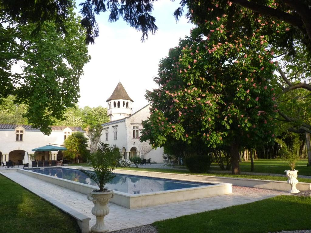 lock in a great price for domaine de valmont rated 85 by recent guests - Domaine De Valmont Mariage
