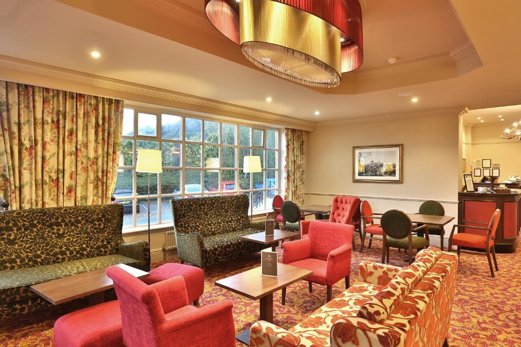 Reigate Manor Hotel, UK - Booking.com