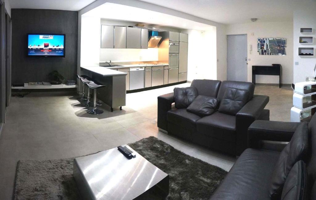 Appartement grand pavois 27 marseille avec des avis for Hotel avec garage marseille