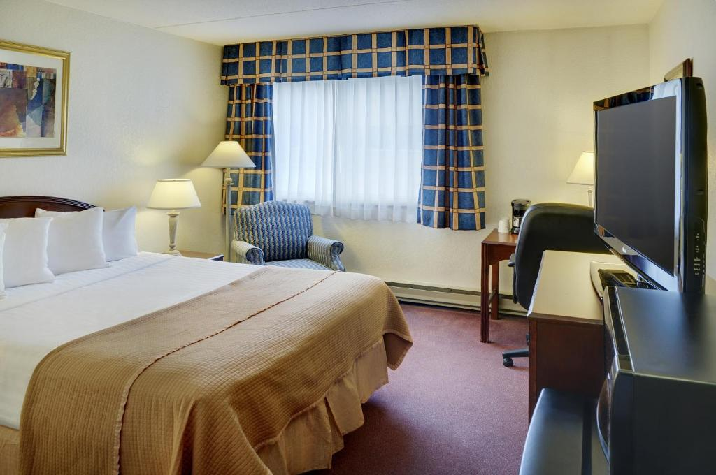 Travelodge ottawa east canada booking gallery image of this property colourmoves