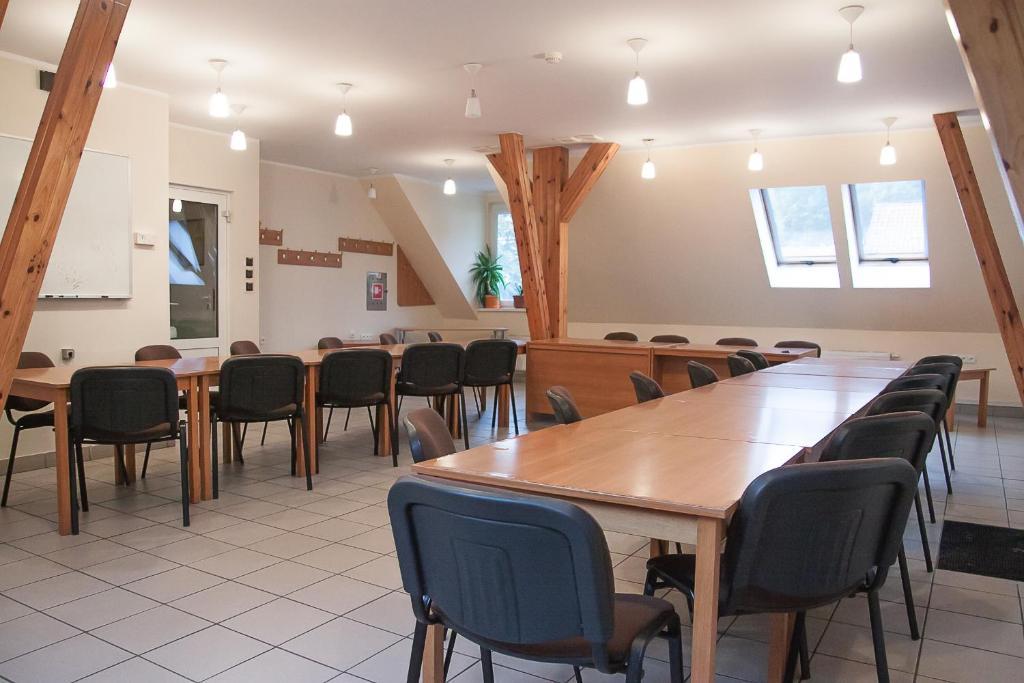 Hotel Aeroplan Zielona Gora Aktualne Ceny Na Rok 2019