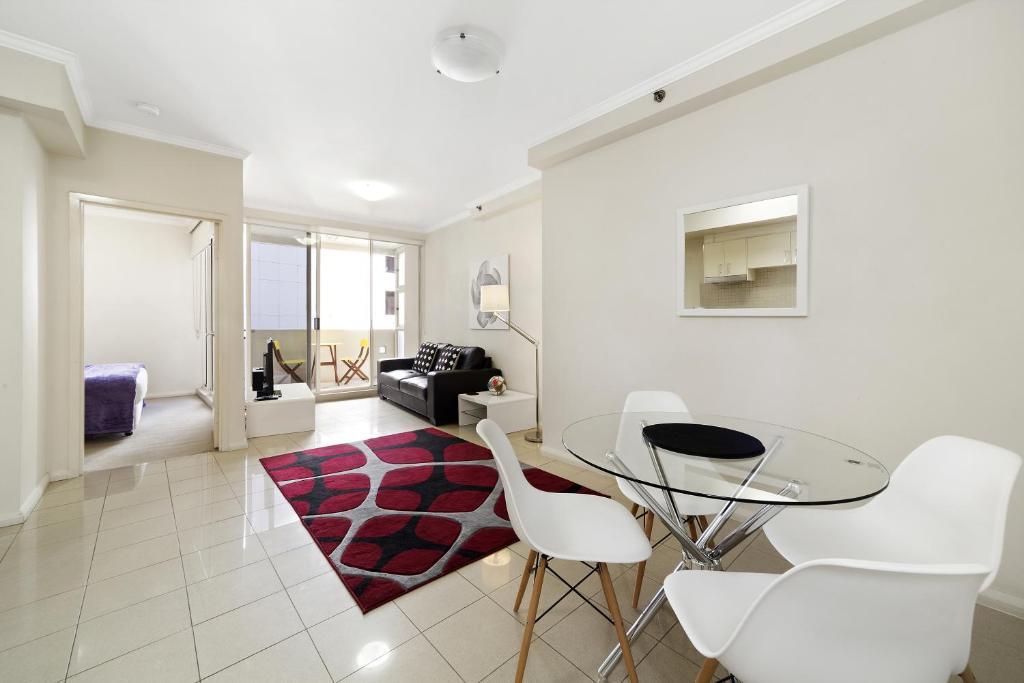 Astra Apartments Sydney Kent, Australia - Booking.com