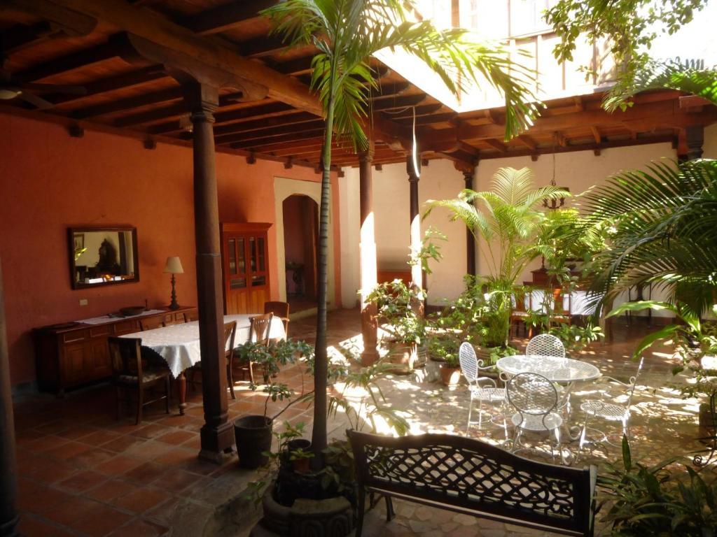 Hotel casa antigua granada nicaragua - Fotos de patios de casas ...