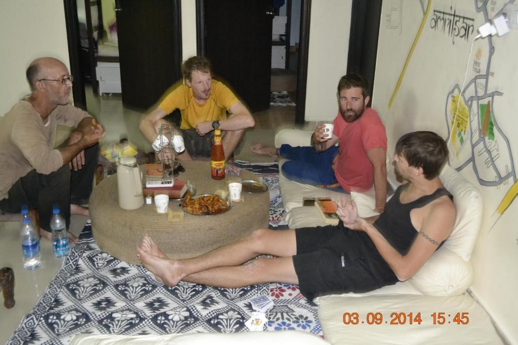 Jugaadu's Hostel