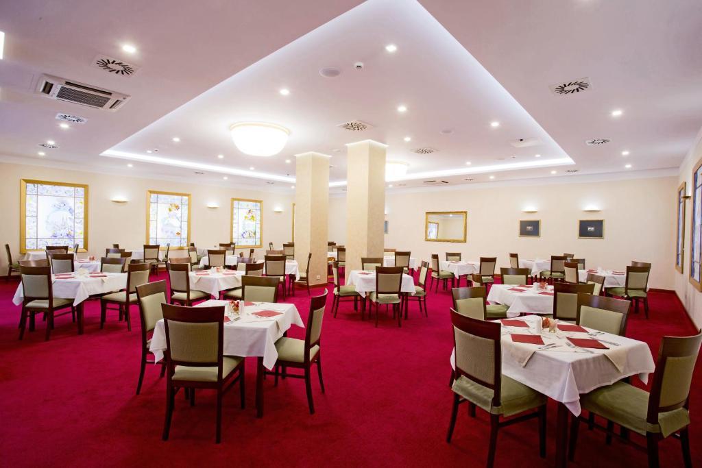 Palace Hotel Zagreb Kroatien Angebote