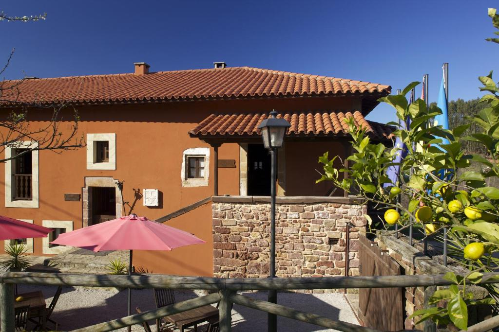 boutique hotels in lugás  1
