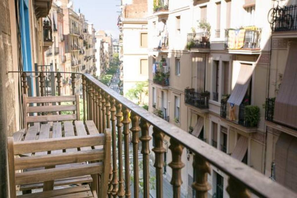 A balcony or terrace at Apartment Poble Sec