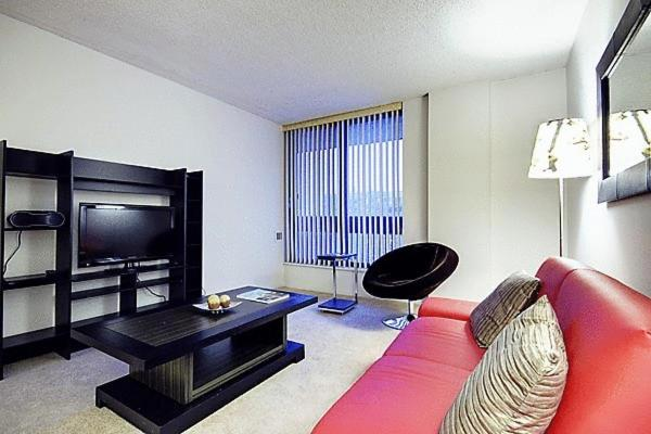 Appartement studio meubl montr al canada montr al for Studio meuble a montreal