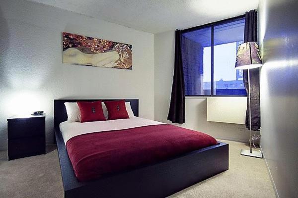 Appartement studio meubl montr al canada montr al for Meuble 5000 montreal
