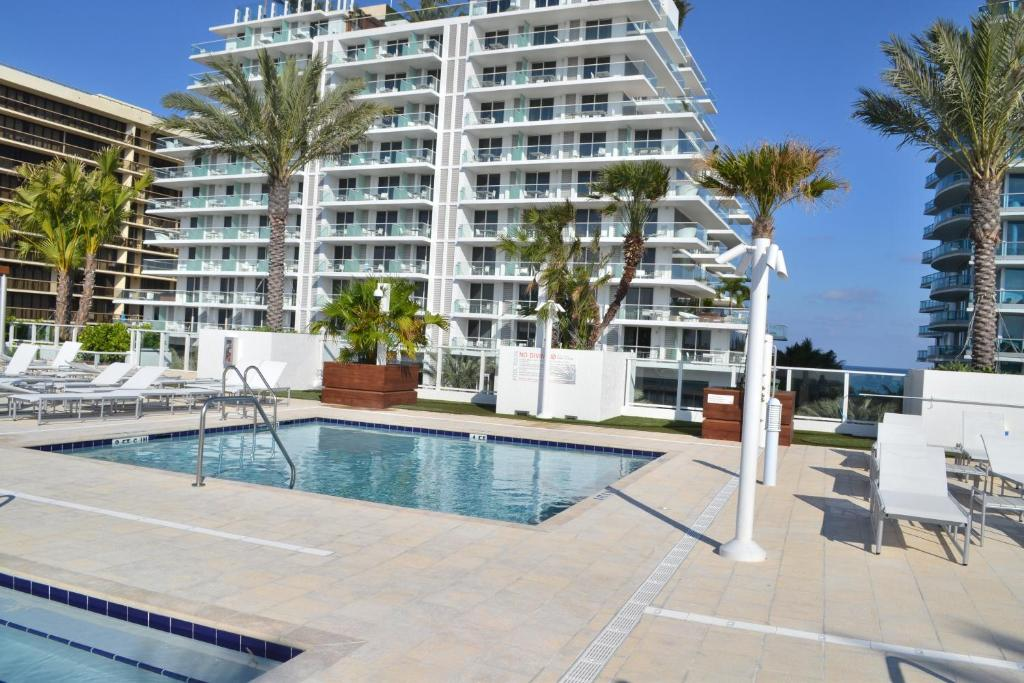West Avenue Miami Beach Fl  United States