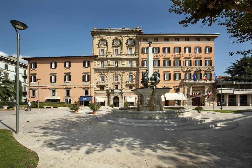 Hotel grand plaza maggiore montecatini terme italy for Grand hotel