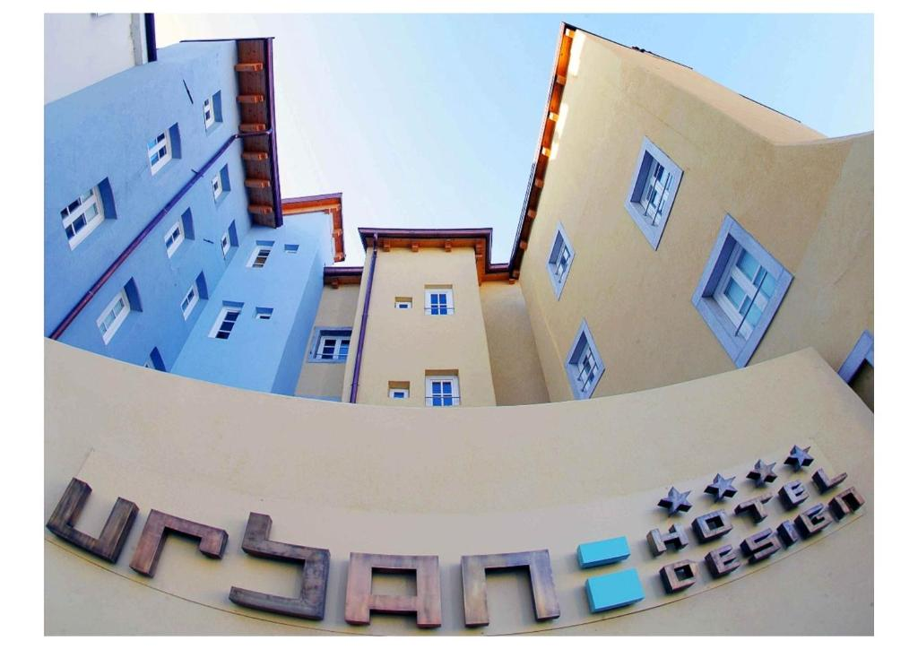 Urban hotel design trieste italy for Design hotel urban