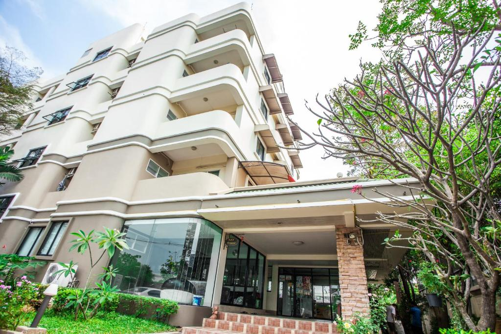 Apartments In Ban Khlong Sam Pathumthani Province