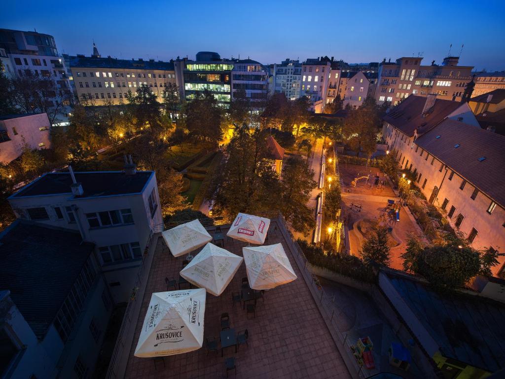 Vue panoramique sur l'établissement EA Hotel Julis
