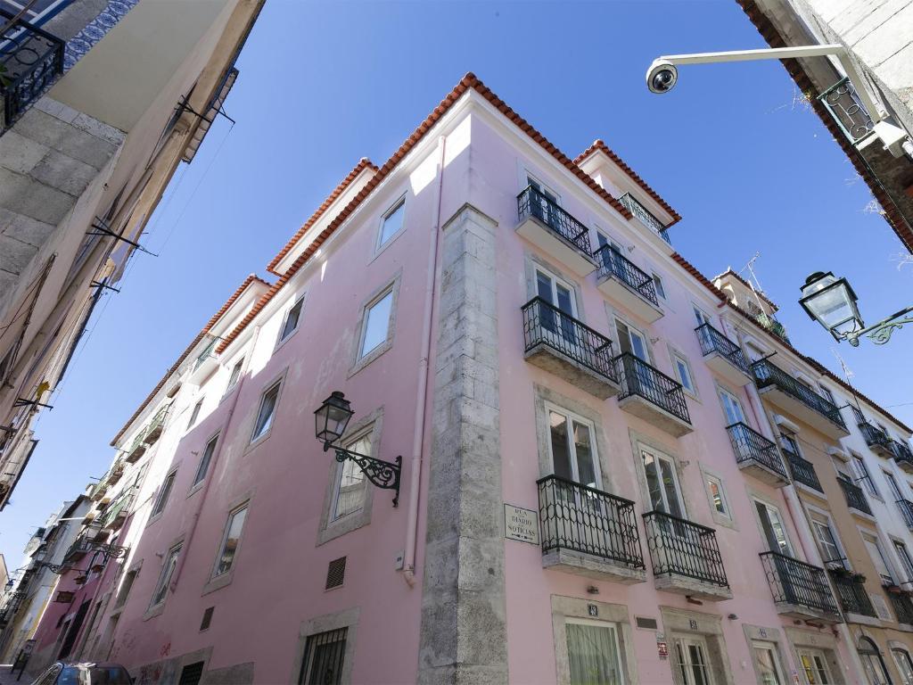 Hello lisbon bairro alto apartments portugal lisbonne for Appart hotel lisbonne