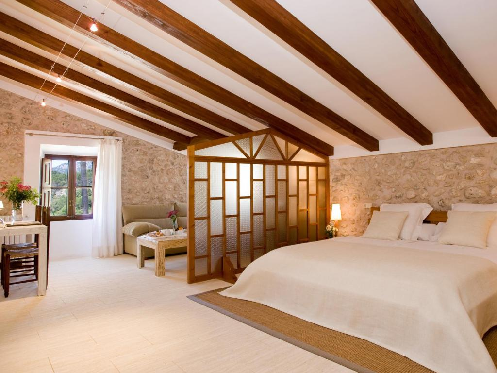 boutique hotels in campanet  11