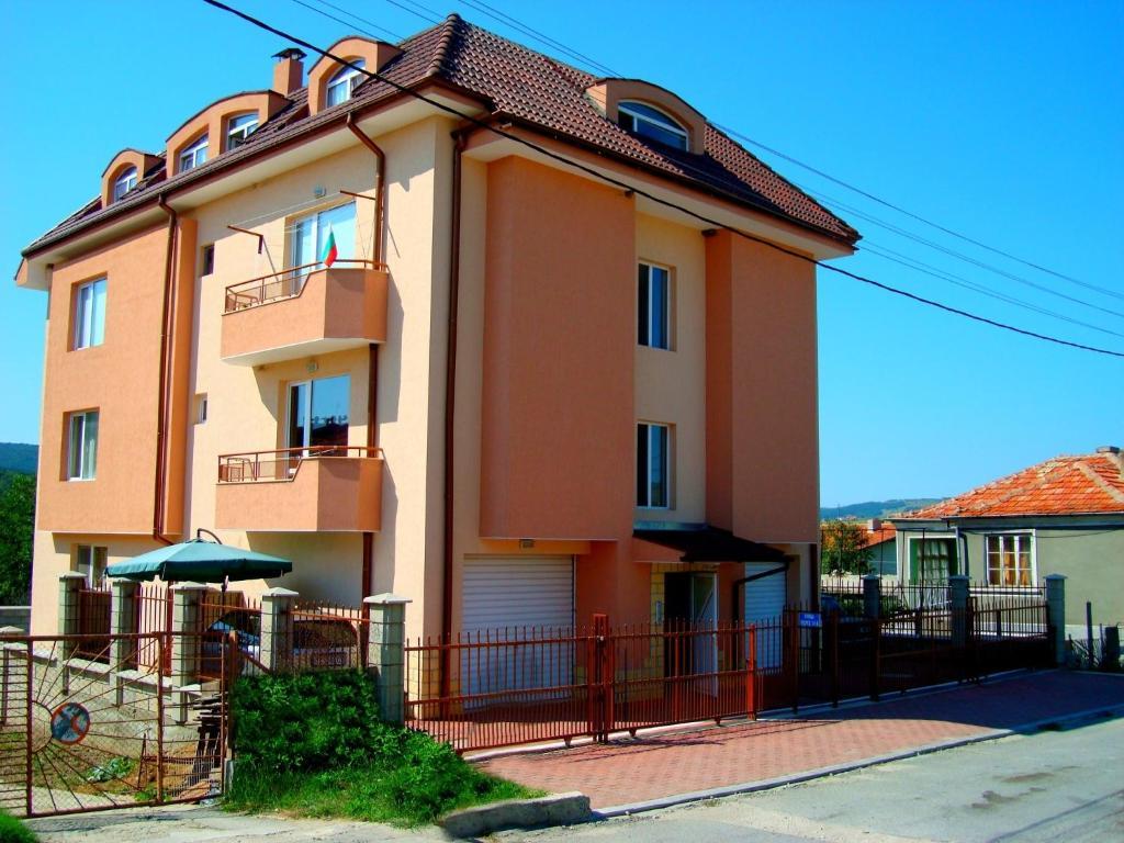 Апартамент Kranevo Dream Апартаментs - Кранево