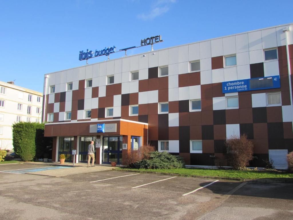 Hotel ibis budget rouen parc des expos saint tienne du for Hotels rouen