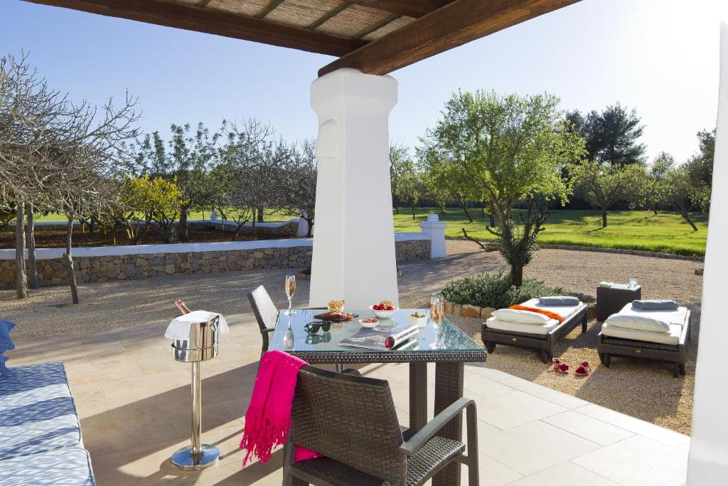 boutique hotels in sant miquel de balansat  37