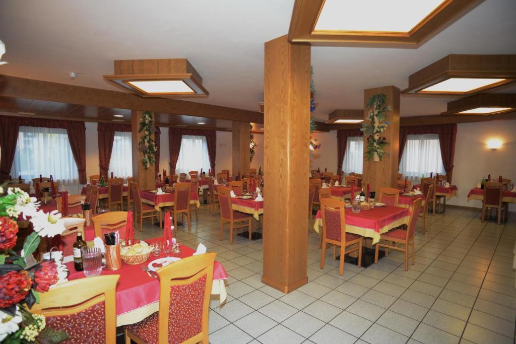 Hotel Canada Andalo Italy Bookingcom