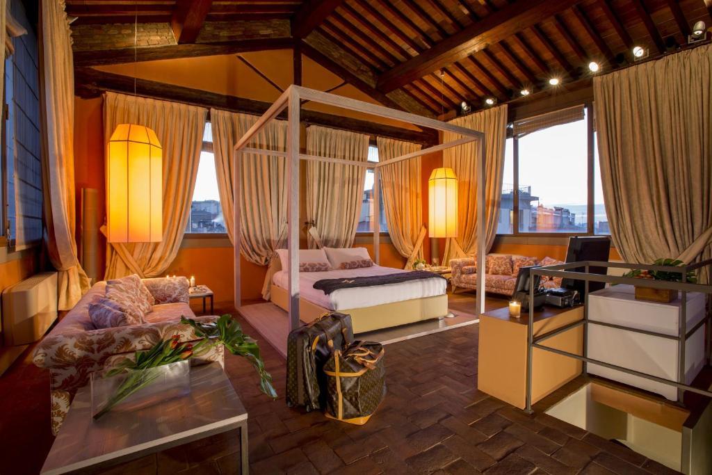 offres torre mannelli suites florence italie with meubles bardi italie. Black Bedroom Furniture Sets. Home Design Ideas