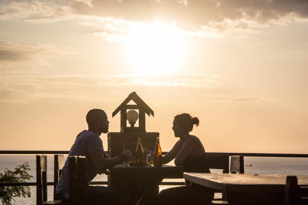 Guests staying at Lanta Topview Resort