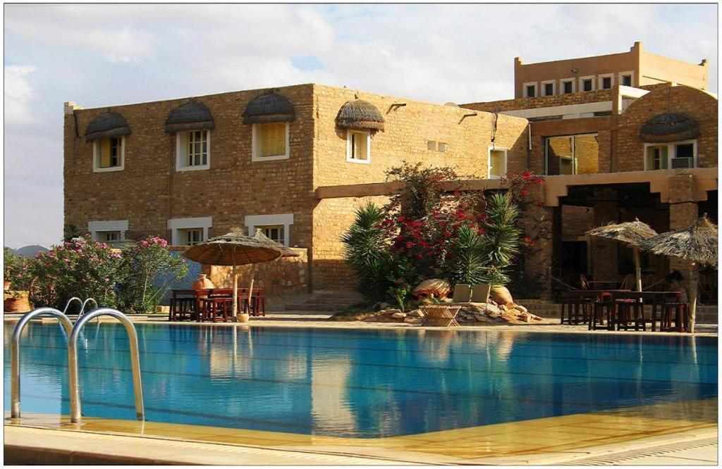 Hotel dakyanus tataouine avec des photos for Reserver des hotels