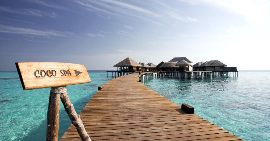 For the health conscious, the property provides Tai Chi pavilions, as well as an over-water gym. Relaxing massage services are available at the spa.