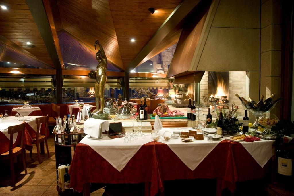 Hotel Cesare, San Marino, San Marino - Booking.com
