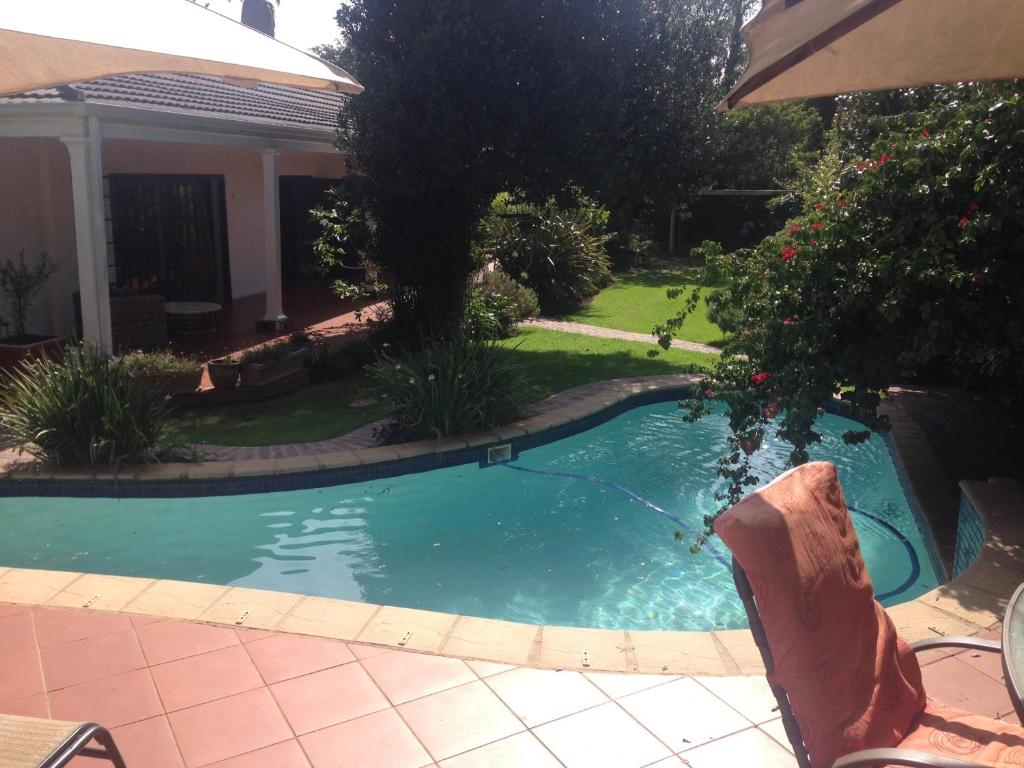 lucky bean guesthouse, johannesburg, south africa - booking