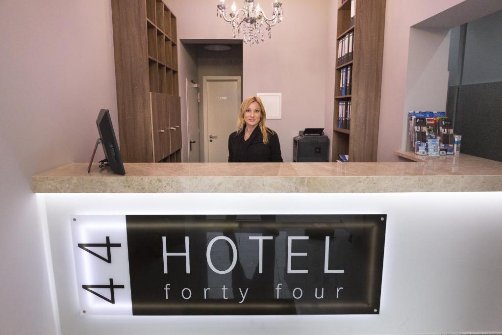 Hotel Forty Four Deutschland Frankfurt Am Main Booking Com