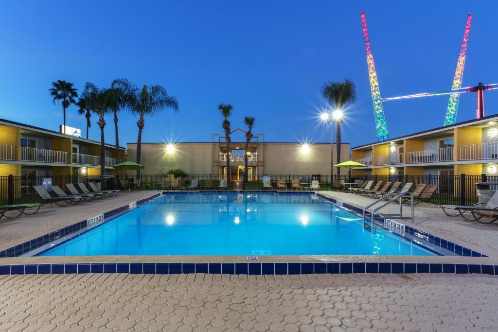 Celebration Suites Hotel, Kissimmee - TripAdvisor