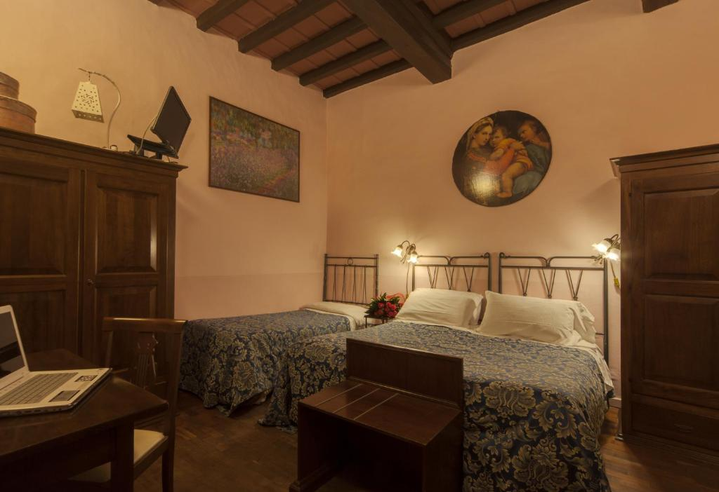 Bed and Breakfast Soggiorno La Pergola, Florence, Italy - Booking.com