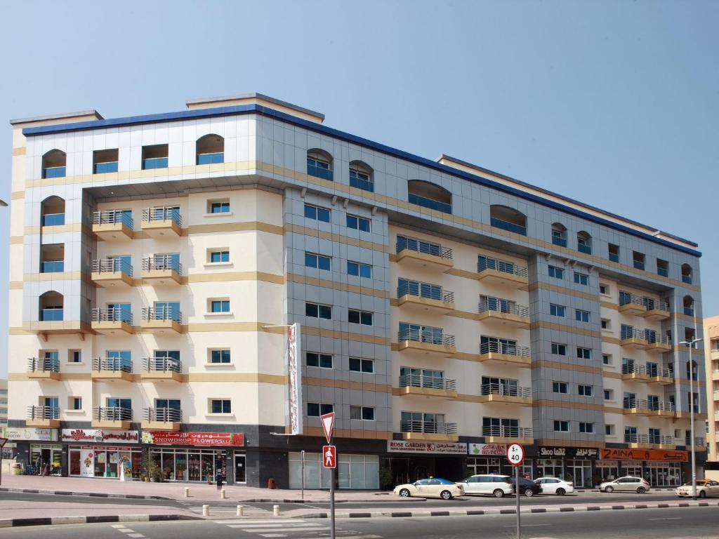 Rose garden apartments dubai uae for Dubai hotel booking