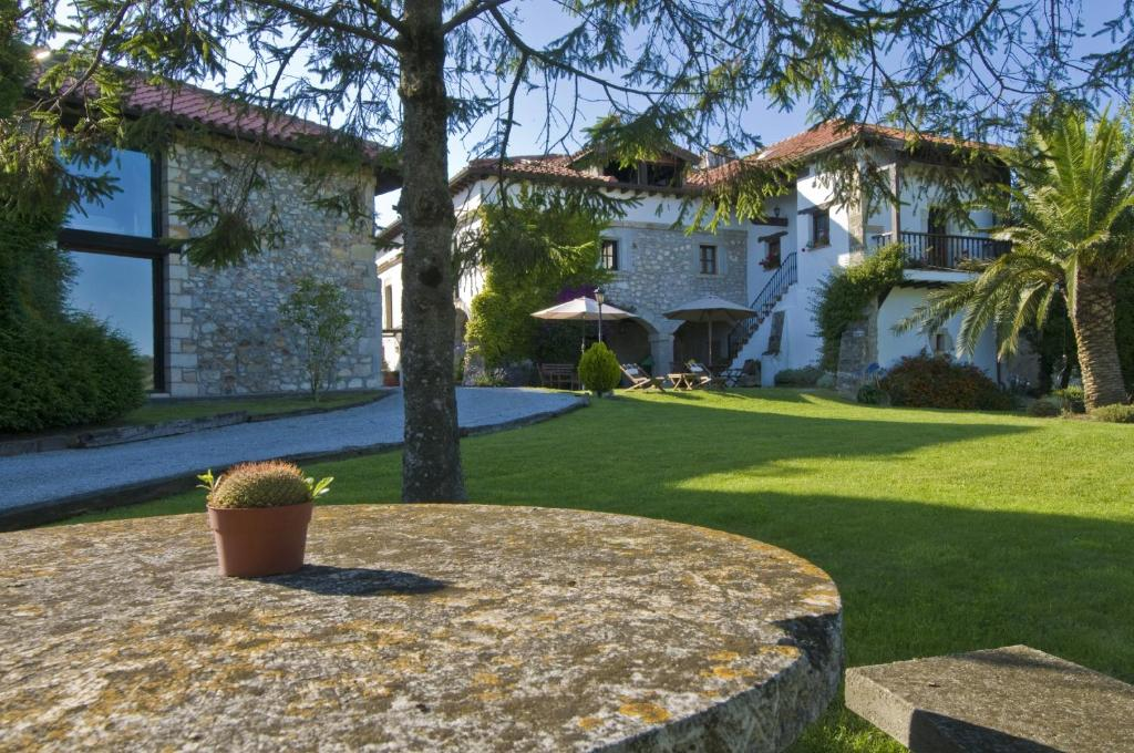 boutique hotels in cantabria  287