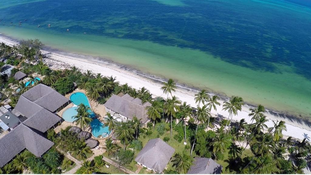 Uroa Bay Beach Resort Photos