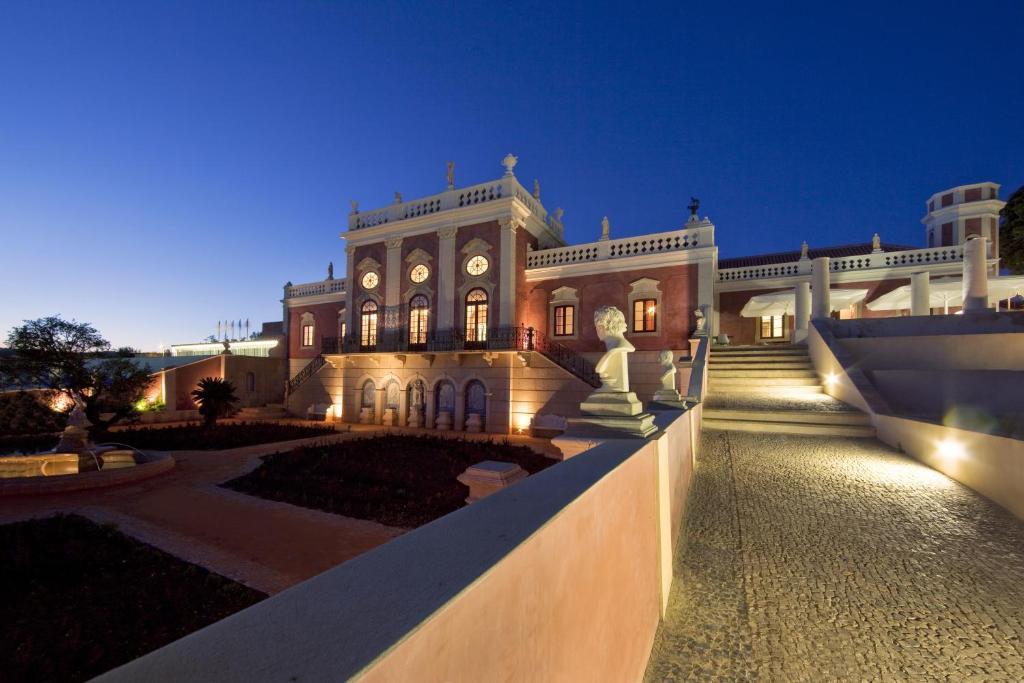 ポサダ パラシオ デ エストーイ スモール ラグジュアリー ホテルズ オブ ザ ワールド(Pousada Palacio de Estoi – Small Luxury Hotels of the World)