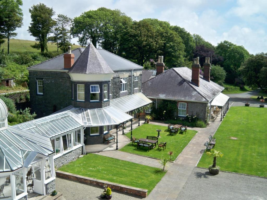 A bird's-eye view of Broadway Country House