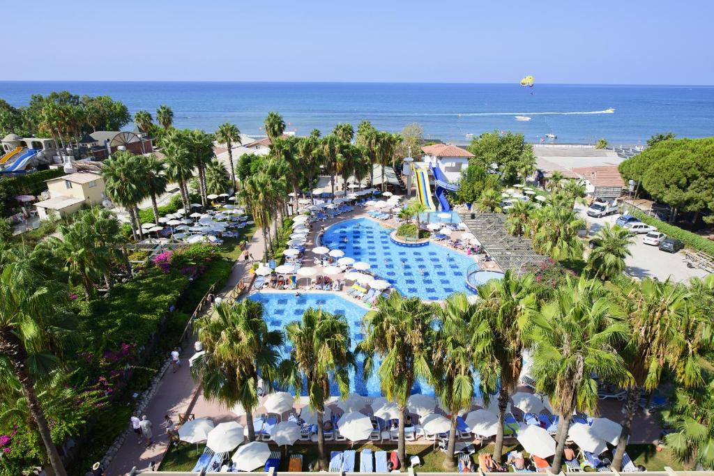 Hotel trendy palm beach side turkey for Trendiest hotels