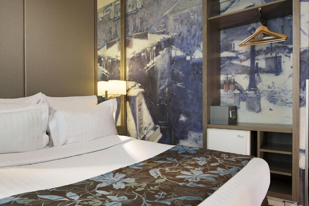 Hotel Turenne Le Marais, Paris, France - Booking.com