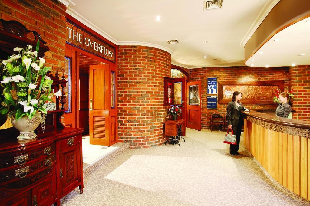 Lobbyn eller receptionsområdet på Hotel Bruce County