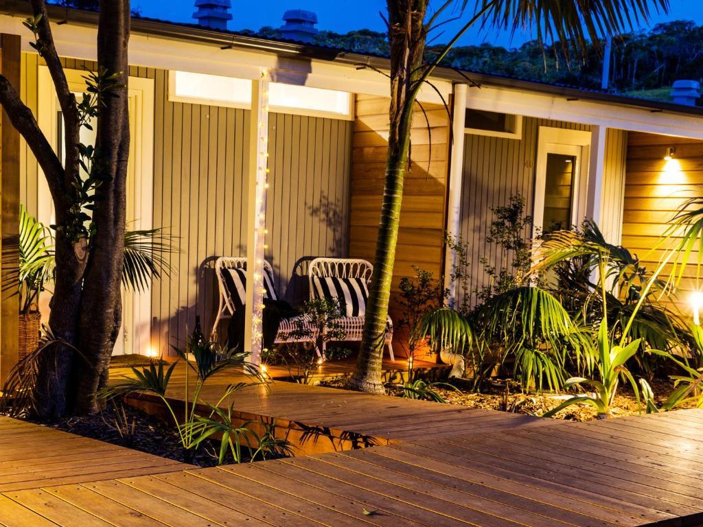 Pinetrees Lodge, Lord Howe, Australia - Booking.com